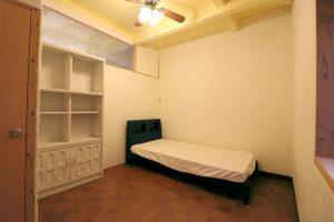 Room101 ベッド & シェルフ 【神戸シェアハウス和楽居ガーデン】