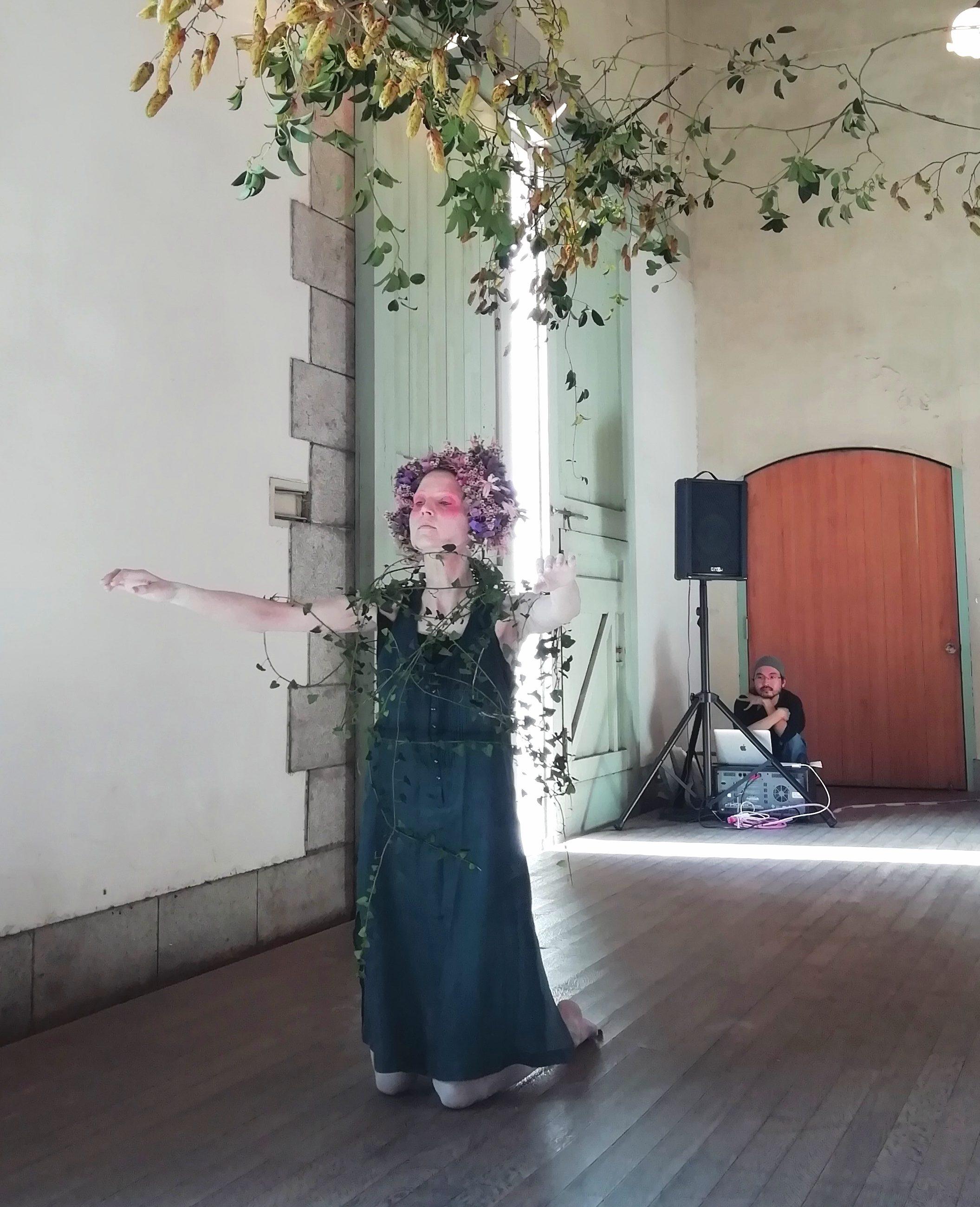 相楽園 フラウケ ダンス 舞踏
