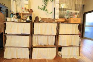 木箱で作った棚(リビング)