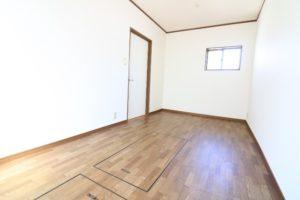 Room201 南から撮影(和楽居モコ)