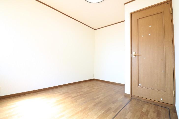 Room202 南から撮影(和楽居モコ)