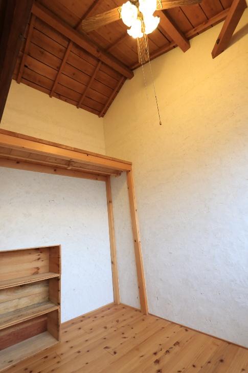 アーチ202【天井にはシーリングファン&証明】