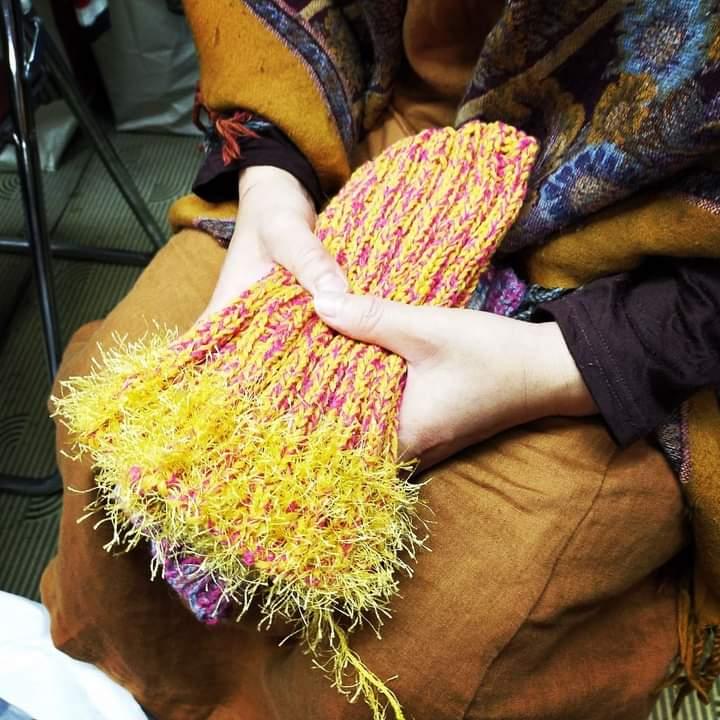 ニットを解いて、再利用した糸で編んだよ